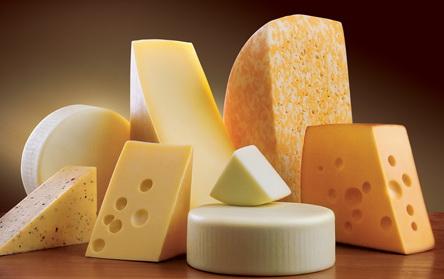 Щоб вибрати хороший сир – подивіться в першу чергу на його забарвлення!